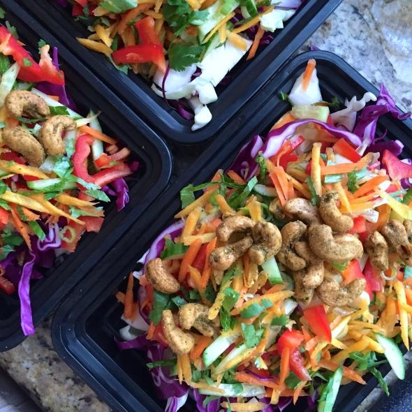 Thai Crunchy Cashew Salad